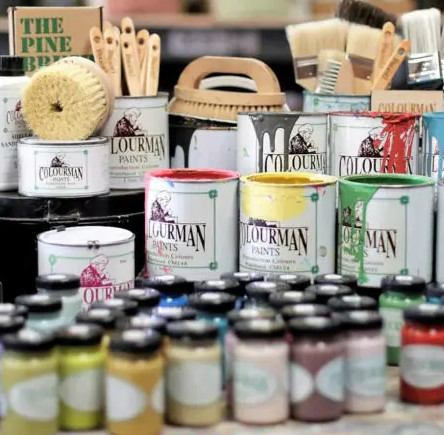 Colourman chalk paints brushes and finishes